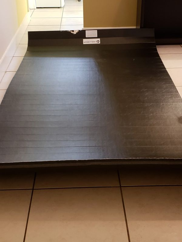 dollamur portable mat for Sale in Homestead, FL - OfferUp