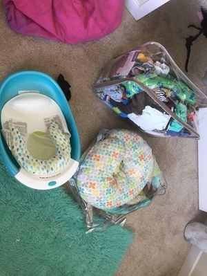 Baby cloths / Boppy / Baby Tub for Sale in Riverdale Park, MD