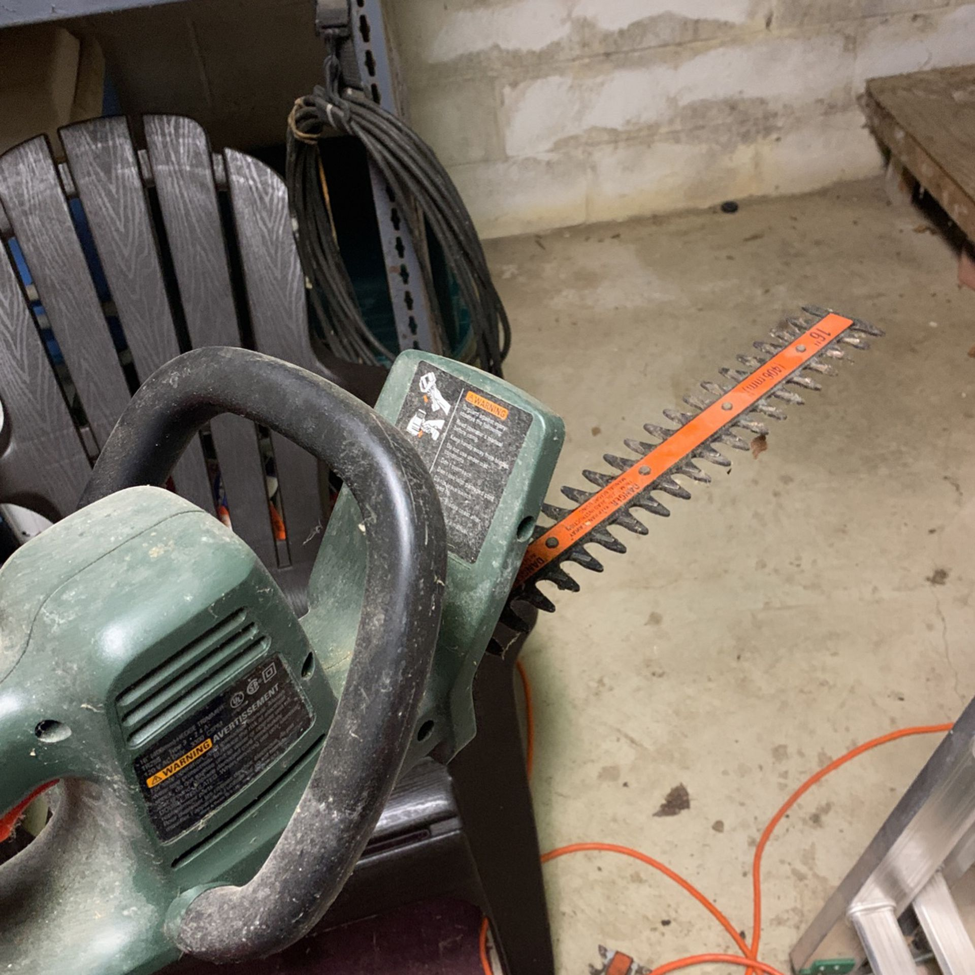 Black And Decker Tree And Wood Cutters