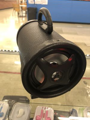 Speaker with Bluetooth for Sale in Kissimmee, FL