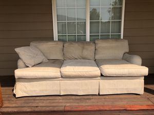 Sherrill couch for Sale in Wenatchee, WA