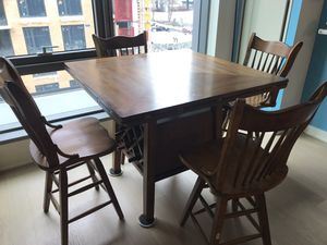 Five piece dining room set for Sale in Washington, DC