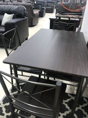 DINNING ROOM SET TABLE AND 4 CHAIRS ON SALE for Sale in Adelphi, MD