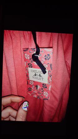 Chelsea&Violet xs top Thumbnail