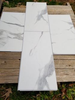Luxury Vinyl Click Together Flooring with Padding  Thumbnail
