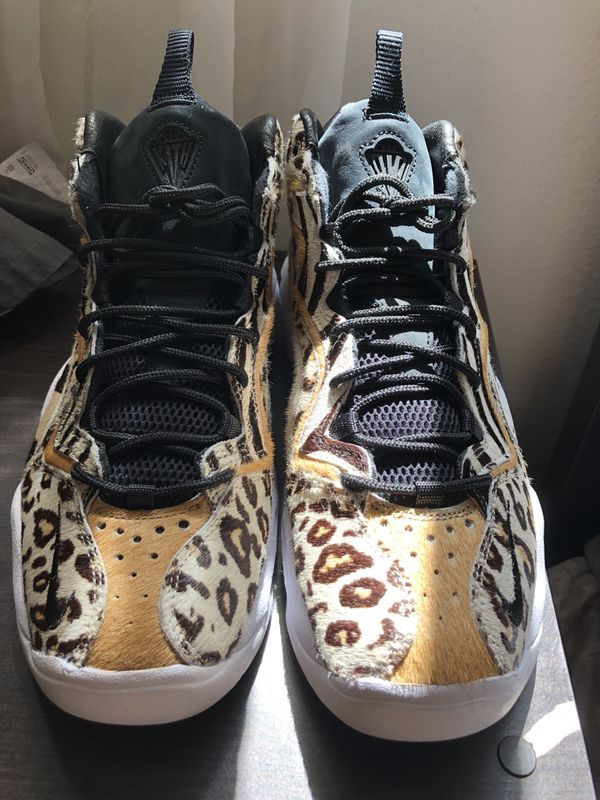 e4312adb3c4 KITH x NIKE Chimera Air Pippen Animal Size 10 sz 10 for Sale in Glendale