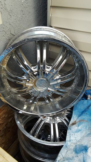 Photo 20 inch rims no tires 5 lug muscle just took them off Lexus