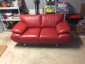 Leather love seat for Sale in Centreville, VA