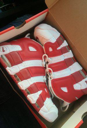 Chicago Nike uptempo (LIMITED) sz11 for Sale in Woodbridge, VA
