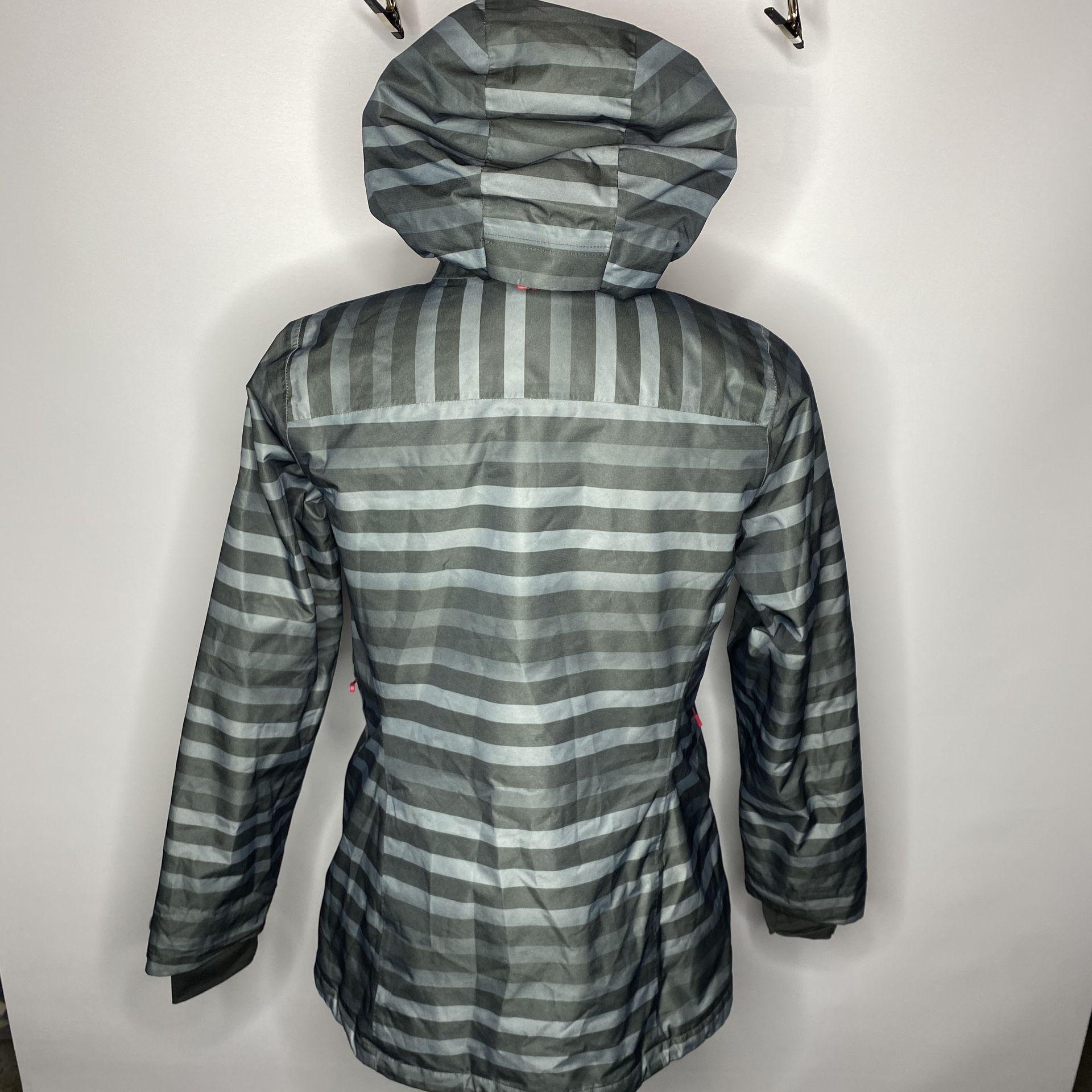 Womens XL - Mountain Hardwear Dry.Q Thermal.Q Waterproof Ski/Snowboard Jacket