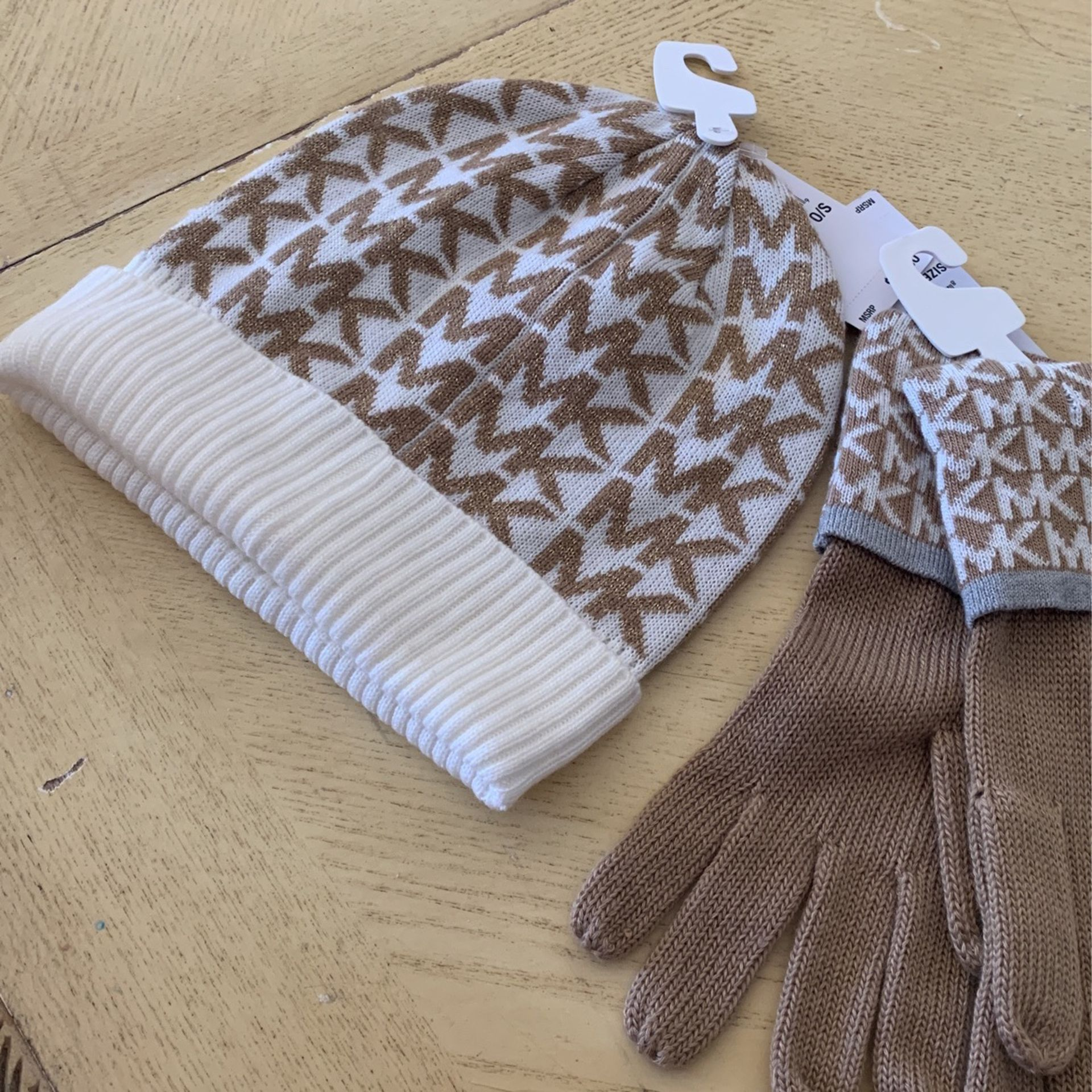 Set Of Michael Kors Beanie And Gloves