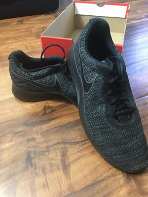 8909cecdce45 New and Used Nike shoes for Sale in Downey