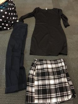 selling various kinds of clothes!!! sizes vary Thumbnail