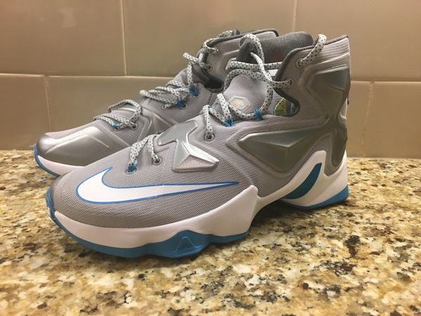 new arrival c1139 a3862 Nike Lebron James XIII 13 Hologram Basketball Shoes 807219-014 Men s Size 11