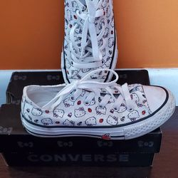 Girl's Converse Hello Kitty Sneakers Size 13 Thumbnail