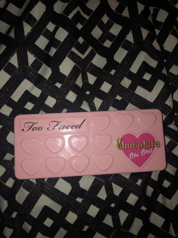 a4d2be898b78f8 TOO FACED CHOCOLATE BON BONS for Sale in McMinnville
