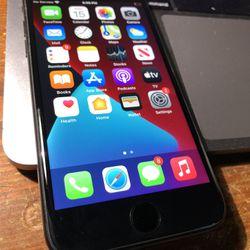 Like New iPhone 7 32g Unlocked Thumbnail