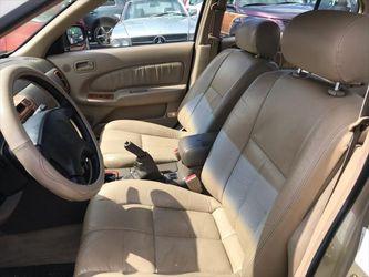 1999 Nissan Maxima Thumbnail