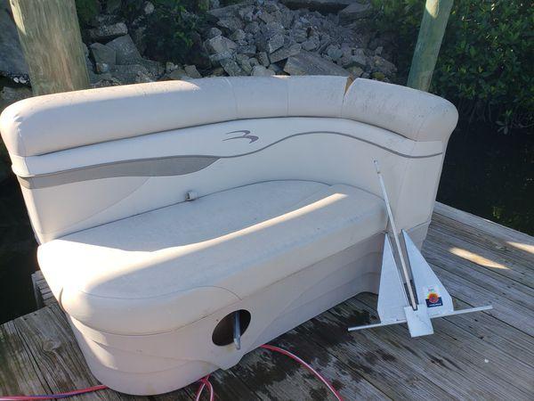 Pontoon Boat Seats For Sale >> Pontoon Boat Seat For Sale In Fort Pierce Fl Offerup