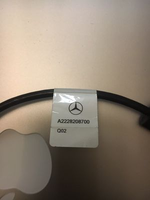Mercedes Benz NEW OEM IPOD Lightning MEDIA Accessory Music Cable 2228200300 for Sale in Silver Spring, MD