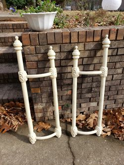 Wrought iron queen bed frame Thumbnail