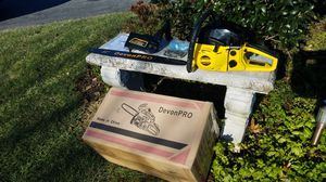 """DEVAN PRO 58CC 22"""" CHAINSAW for Sale in Inwood, WV"""