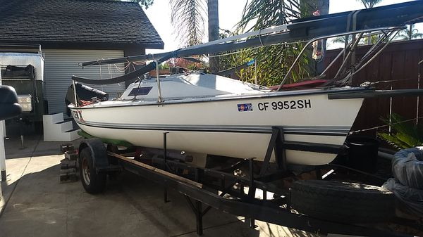 Sailboat Holder 20 for Sale in Vista, CA - OfferUp