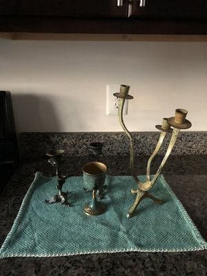 Decor set candle holder free for Sale in Manassas Park, VA