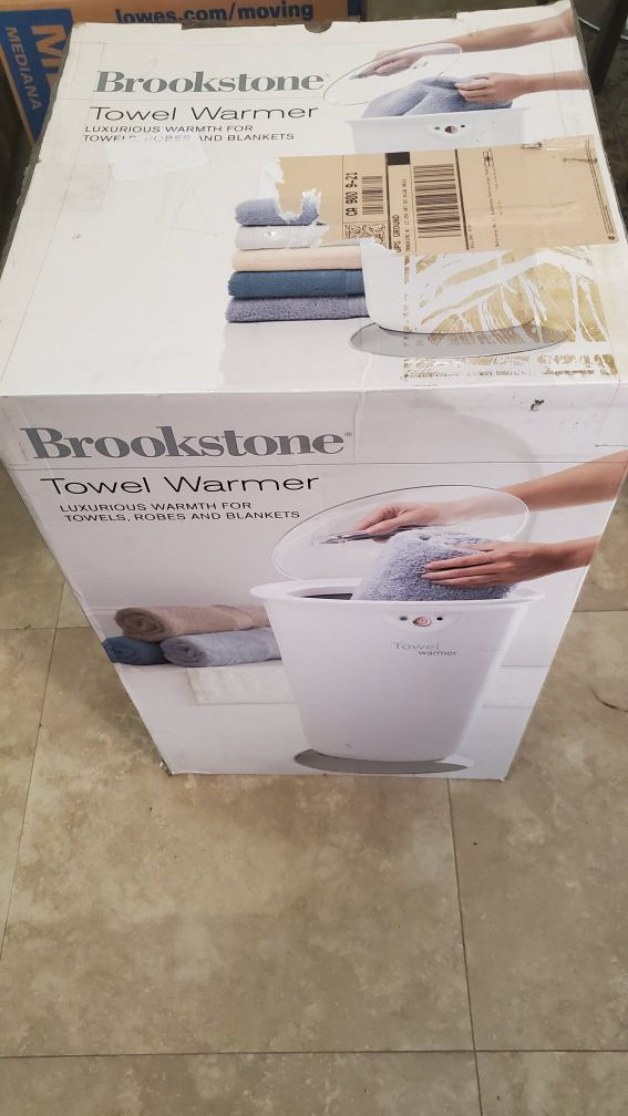 Brookstone Towel Warmer - Luxurious Warmth for Towels, Robes, and Blankets