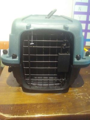 Pet Carrier (Like New!) for Sale in Salt Lake City, UT