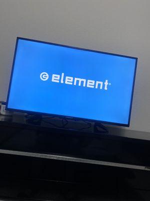 Photo 40 inch element HD tv