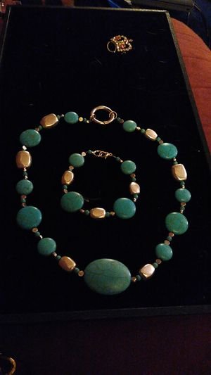 Photo Real turquoise & silver beaded set