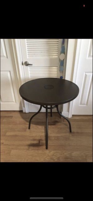 "30"" ROUND BISTRO LED TABLE for Sale in Arlington, VA"