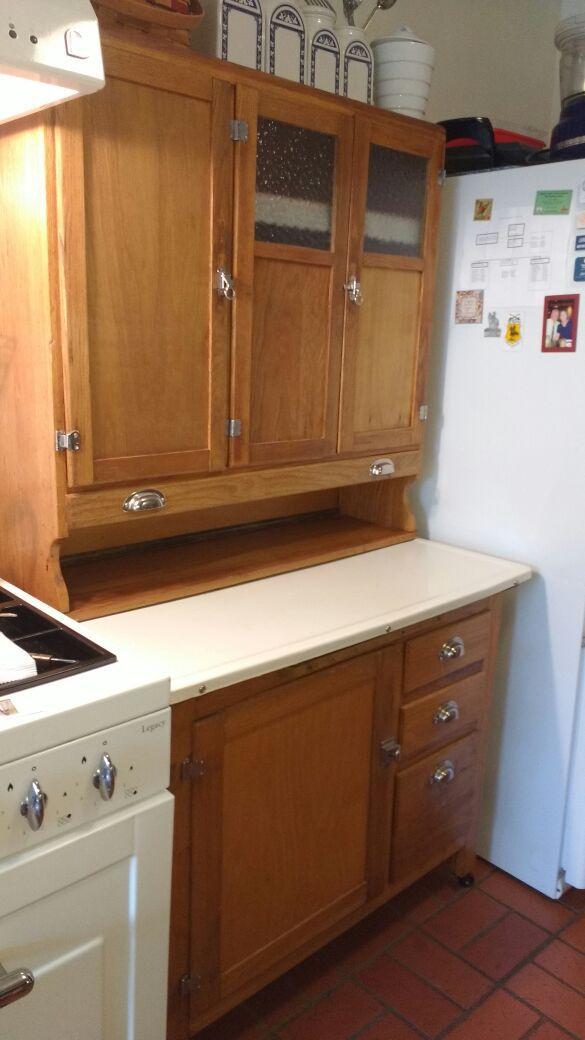 Antique Kitchen Hoosier Cabinet / Hutch w flour sifter & sugar bin