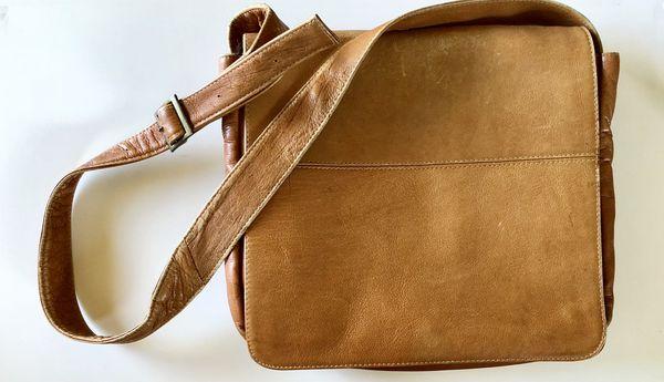 Latico Leather Yosemite Laptop