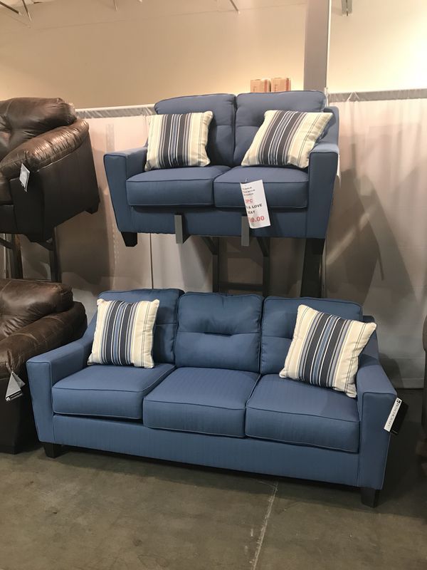 2pc Stain Resistant Sofa And Love Seat Set Furniture In Portland Or Offerup
