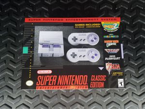 SNES CLASSIC Mint Condition for Sale in Tampa, FL