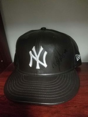 Yankees 7 5/8 David Aardsma Cap. Signed leather for Sale in Tampa, FL