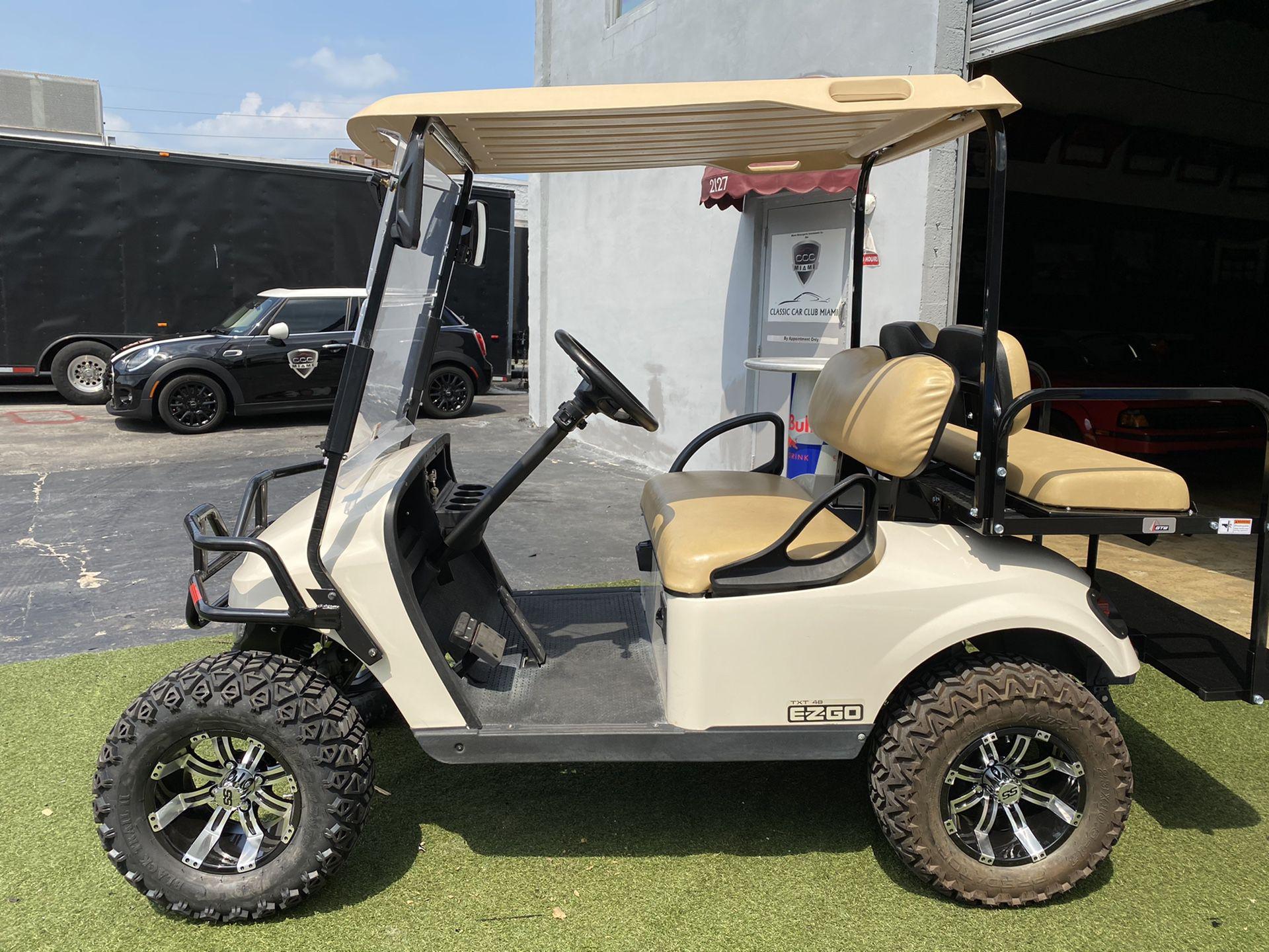 2017 EZ GO TXT 48V golf cart Like Brand New!!!