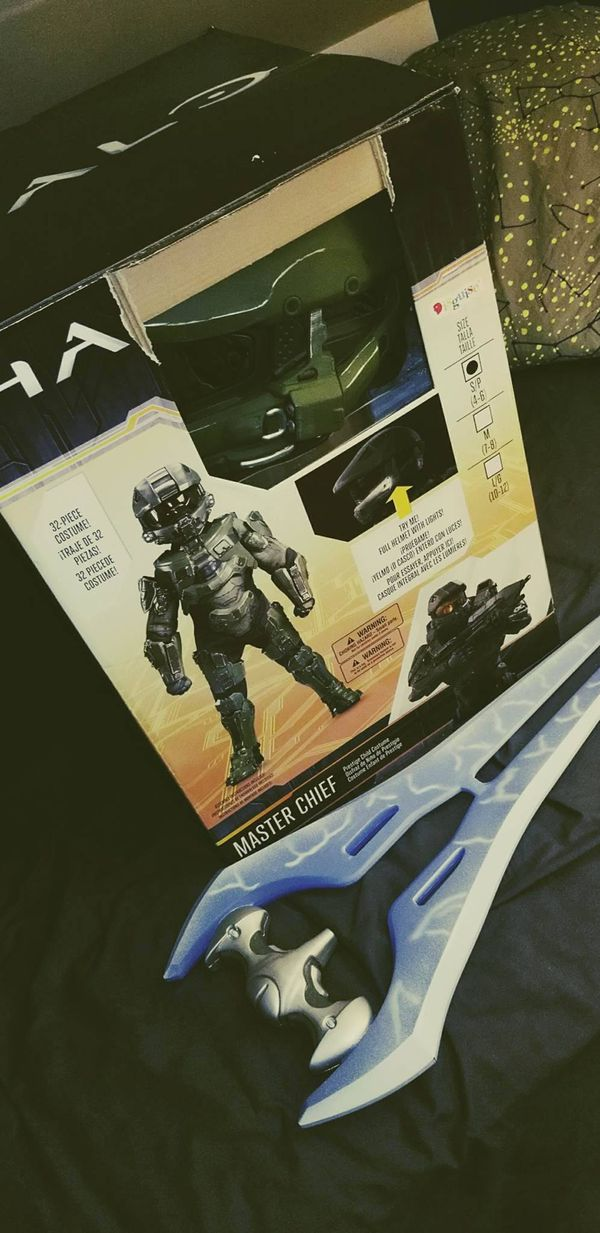 Halo Master Chief Ultra Prestige Costume for Kids SMALL 32 piece (Disguise  brand) (used once) for Sale in Chicago, IL - OfferUp