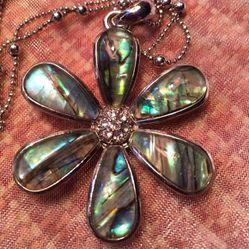 Lia Sophia Flower Necklace Pendant Thumbnail