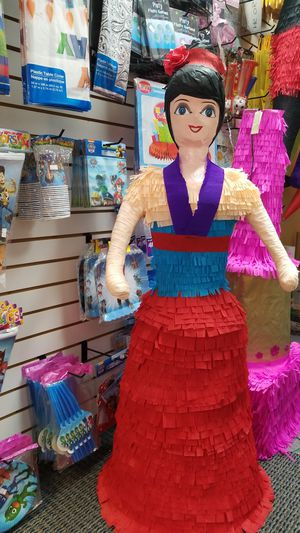 💝Mulan 💝Piñata💝 for Sale in Houston, TX