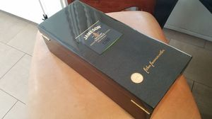Jameson Vintage Whiskey Collectors Box for Sale in Scottsdale, AZ