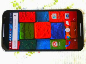 Photo Motorola Moto X 2nd Gen Verizon/T-Mobile/MetroPCS/AT&T/Cricket Phone New Without Box Clear ESN Black