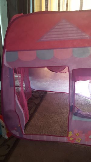Toy house for Sale in Alexandria, VA