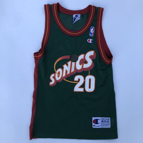 wholesale dealer 32226 c7fe2 Vintage Champion Gary Payton Jersey Youth Medium NBA Milwaukee Bucks for  Sale in Rocklin, CA - OfferUp