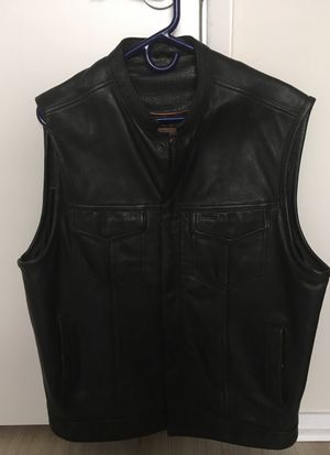 First Classics men XL premium leather black motorcycle vest for Sale in Seattle, WA