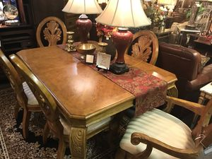 Used, Oak table, 8 Chairs, 2 Leaves for sale  Tulsa, OK