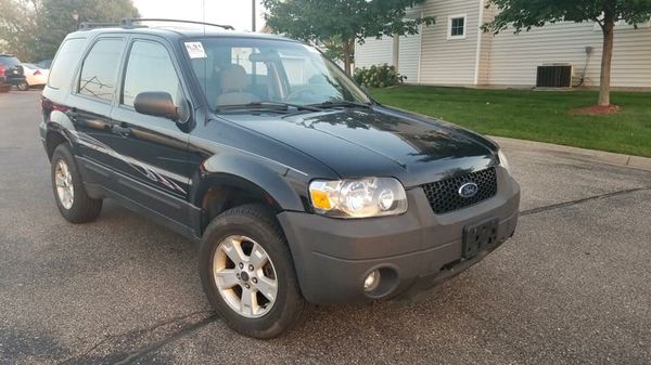 2006 ford escape for sale in minneapolis mn offerup. Black Bedroom Furniture Sets. Home Design Ideas