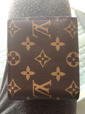 Louis Vuitton Wallet for Sale in Fort Belvoir, VA